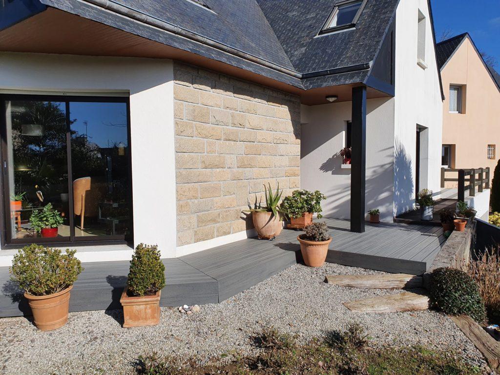 Realisation dune terrasse en composite TREX de co - Réalisation d'une terrasse en composite TREX de co...