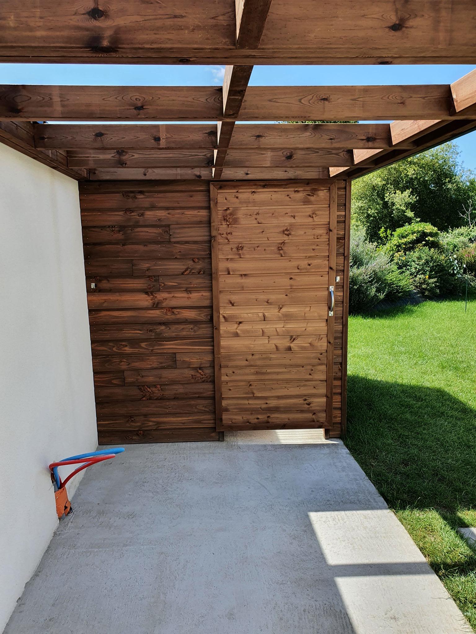 1633472074 648 Realisation dun abri sur mesure structure en Pin - Réalisation d'un abri sur mesure, structure en Pin...
